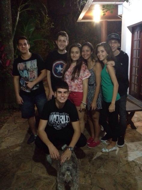 Gilberto, Matheus B., Thalita, Dri, Isabella, Vinicius.