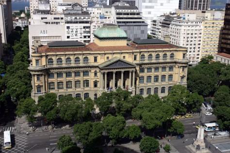 Brasil, Rio de Janeiro, RJ. 27/02/2008. Vista geral da fachada do edifício da Biblioteca Nacional, no centro do Rio de Janeiro. - Crédito:FÁBIO MOTTA/AGÊNCIA ESTADO/AE/Codigo imagem:22318